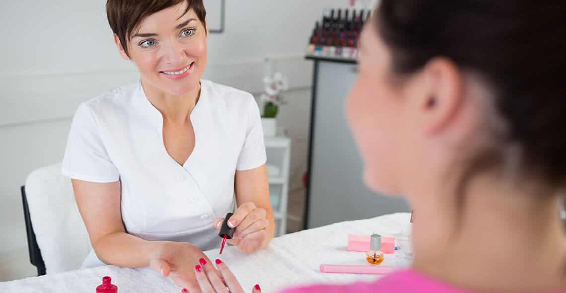 How to Choose a Good Nail Salon?