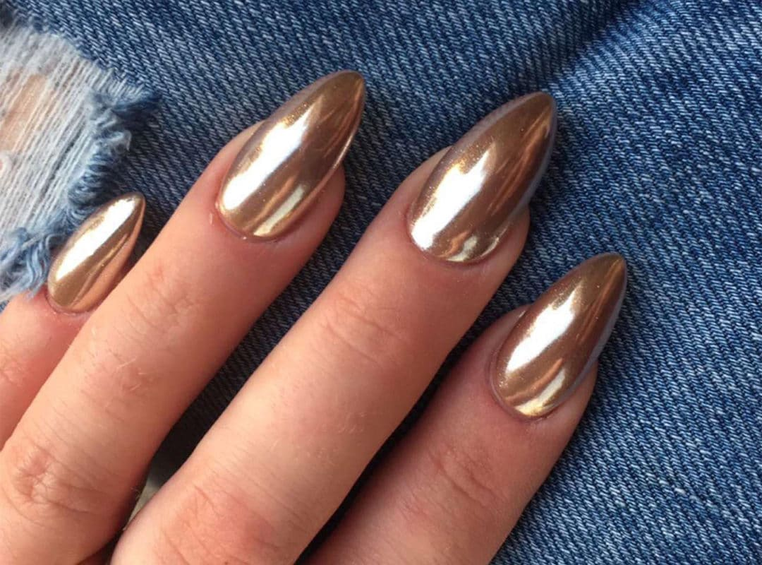 How to Do Chrome Nails?