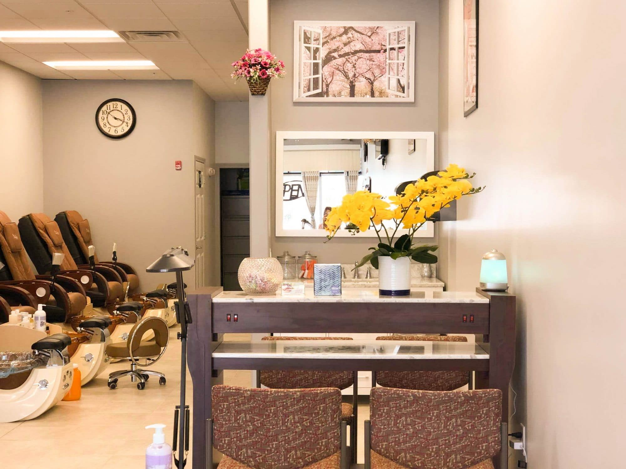 Nail Salon in Derry, New Hampshire: Amazing Nails