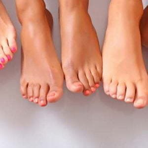 Royal Deluxe Pedicure (with 25 minutes of massage)