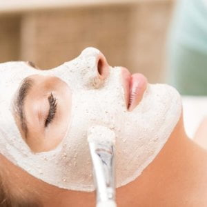 Acne Peel & Freckle Removal