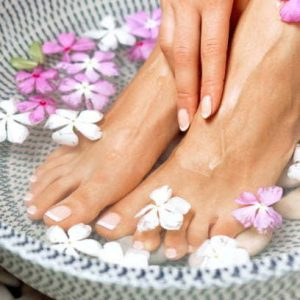 Ultimate Healing Herbal Foot, Neck, & Shoulder Wrap Pedicure