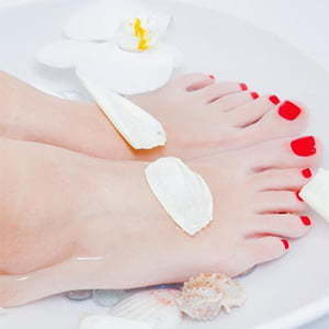 Regular Pedicure with Gel Polish