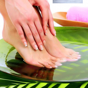 Organic Lemongrass & Green Tea Pedicure